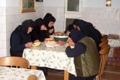viata-in-manastire17