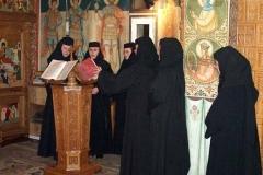 viata-in-manastire29
